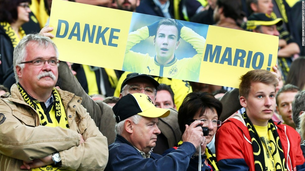 Dortmund fans showed their support for Mario Goetze just over 24 hours since it was confirmed he will leave the club at the end of the season for great rival Bayern Munich. The 20-year-old has agreed a $48 million deal with the new German champions.
