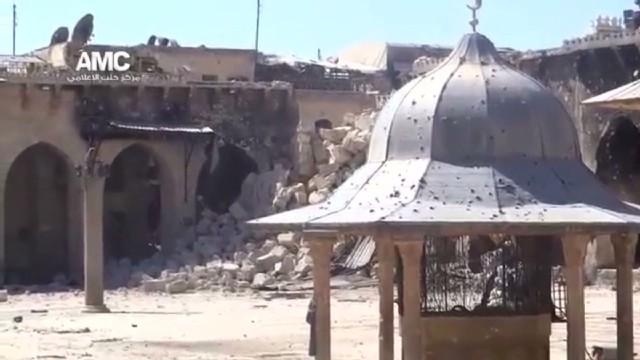12th-century mosque's minaret destroyed