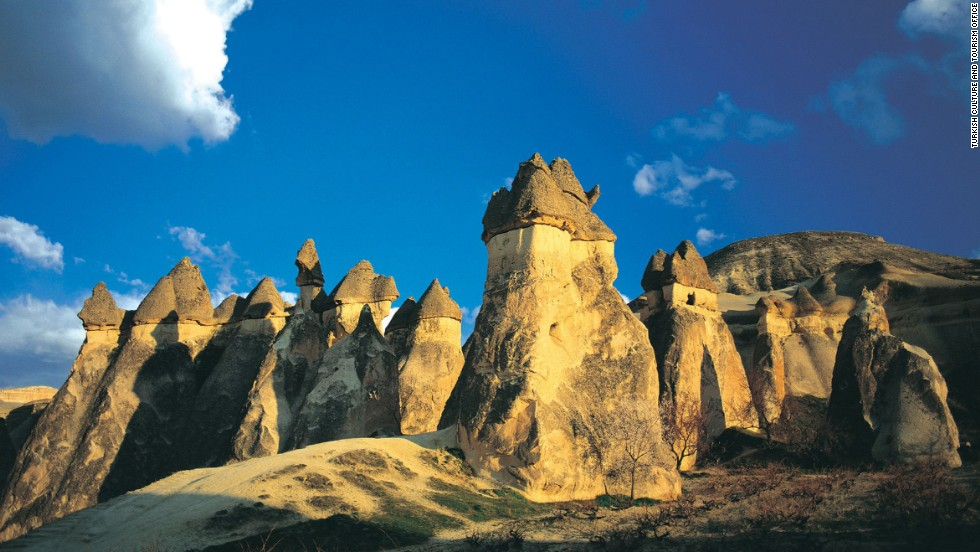 Sculpted by erosion, the Goreme valley and its surroundings contain rock-hewn sanctuaries that provide unique evidence of Byzantine art in the post-Iconoclastic period. Within the rugged natural landscape, villages and underground towns dating to the 4th century can be observed.