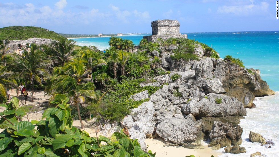 There are at least 30 Mayan ruins scattered throughout Mexico and Central America. Idyllically situated on a rocky cliff facing the turquoise waters of the Caribbean Sea, Tulum was one of the last cities built and inhabited by the Mayans, managing to survive around 70 years after the Spanish began occupying Mexico in the early 16th century.