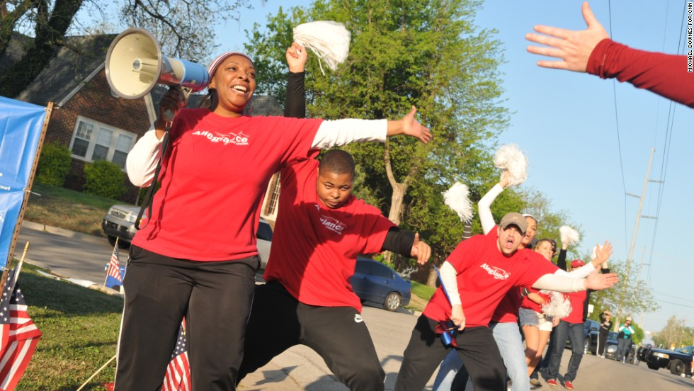 Runners said wacky cheerleaders help push them toward the finish.