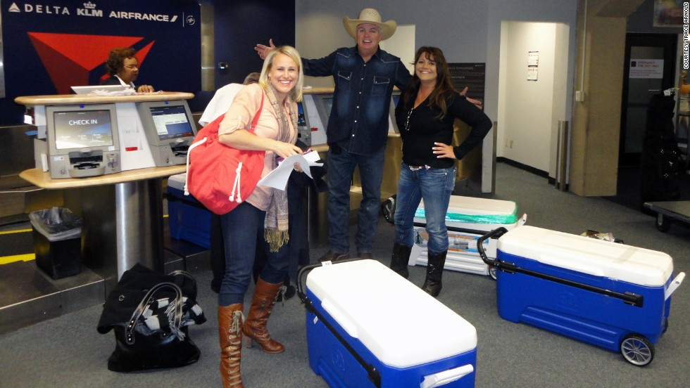 Arnold and his team flew to Boston carrying enough barbecue in coolers to feed 250 people. Delta Air Lines allowed them to fly for free with the food.