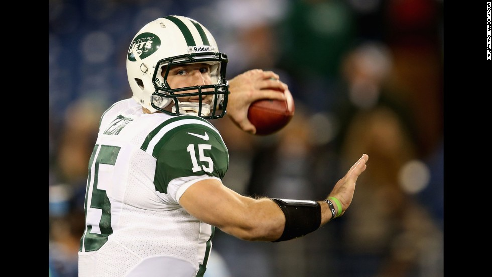 Tebow warms up before the Jets' game against Tennessee in December 2012.