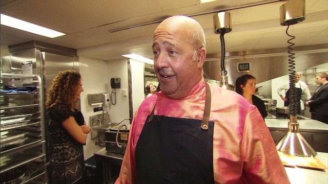 Bizarre food chef gives back to homeless
