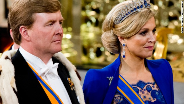 Dutch celebrate royal handover of power