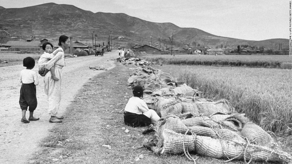 Grieving relatives mourn South Koreans killed by communist rebels.
