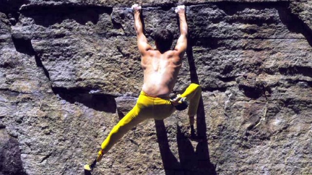 Amputee rock climber heals with bionics