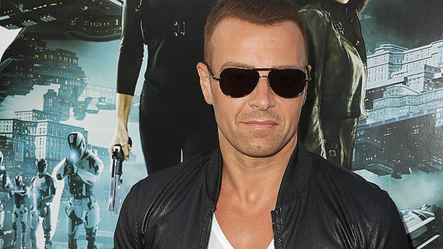 Joey Lawrence's advice for Bieber