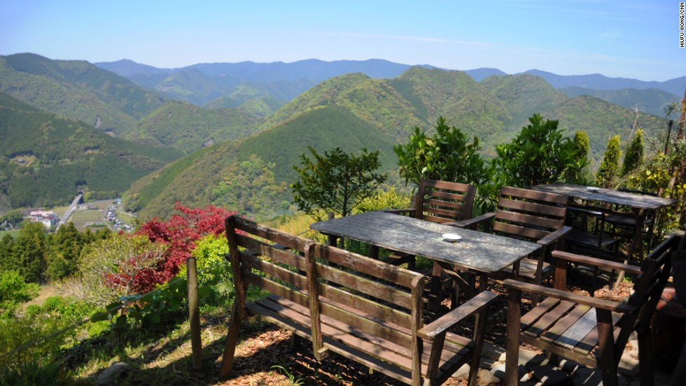 One of the obstacles that may hinder your journey: excellent views at Kiri-no-Sato Takahara lodge make it hard to leave.