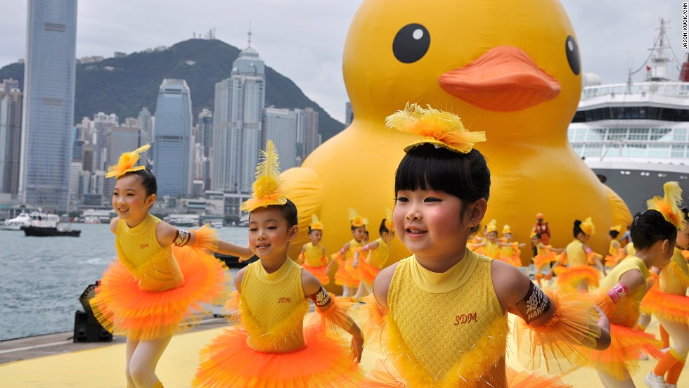 After Hong Kong, the duck will head to the United States, though exactly where won't be revealed until about a week before floatation.