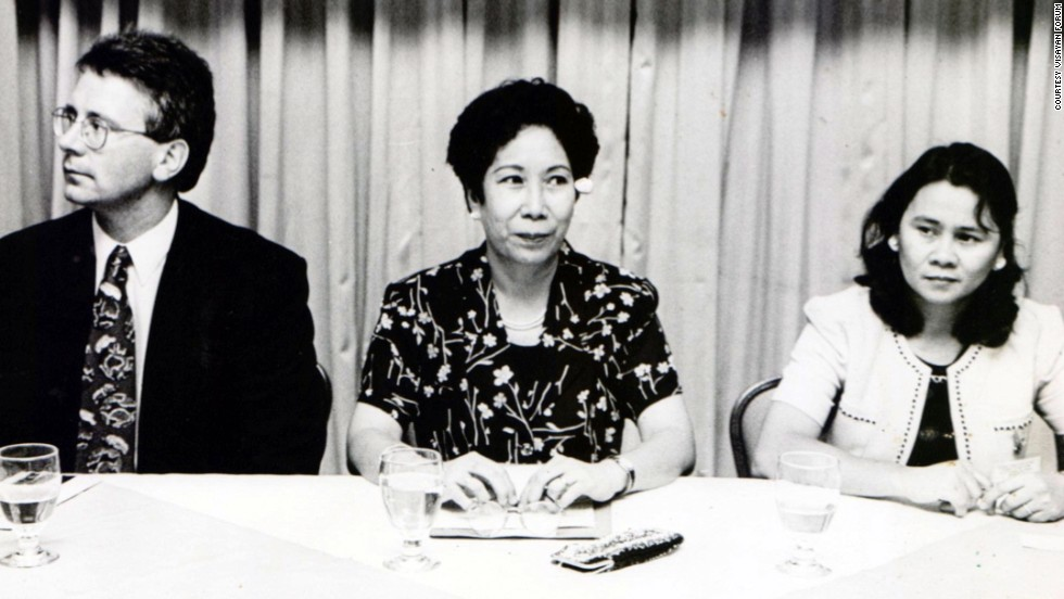Oebanda attends the first Southeast Asian Consultation, meeting to draft legislation on domestic workers in 2005. The meeting was organized by the Visayan Forum.