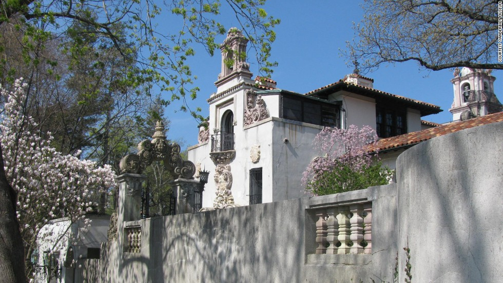 "William K. Vanderbilt II's 24-room <a href=""http://www.vanderbiltmuseum.org/home.php?section=mansion"" target=""_blank"">Spanish Revival mansion Eagle's Nest </a>was built in stages between 1910 and 1936. Architectural firm Warren & Wetmore designed the mansion. The firm also designed New York's Grand Central Terminal for the New York Central Railroad, one of the Vanderbilt family's businesses."