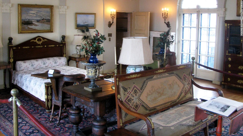"The mansion's rooms are filled with antique furnishings, artwork, family photos and portraits. Visitors <a href=""http://www.vanderbiltmuseum.org/home.php?section=hours&sub=admission"" target=""_blank"">can tour the 43-acre complex</a>, which includes the mansion and grounds, a marine and natural history museum and a planetarium."