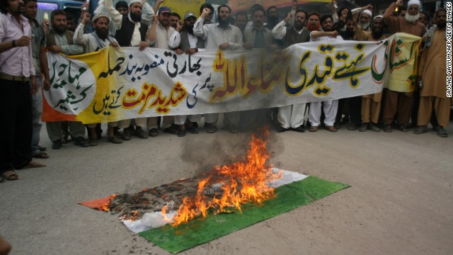 Kashmiri's protest against the attack on Pakistani prisoner Sanaullah Ranjay in an Indian jail in Muzaffarabad on May 5, 2013.