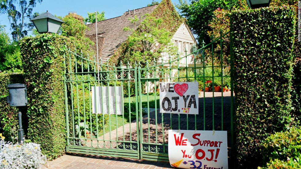 Fans leave signs of support outside Simpson's house in June 1994.