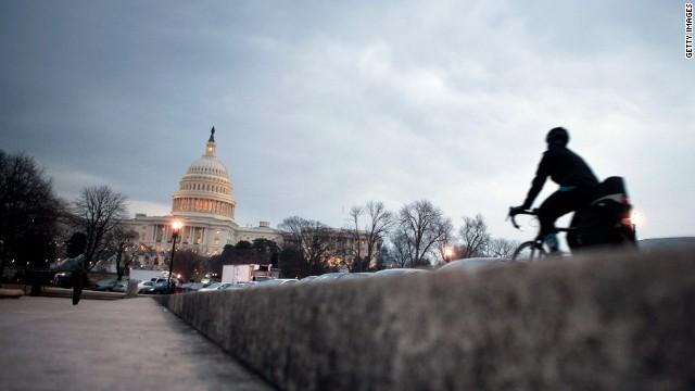 Members of Congress start 5-week recess