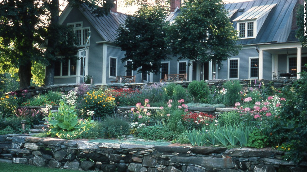 "Once owned by author Sinclair Lewis and journalist Dorothy Thompson, <a href=""http://www.twinfarms.com/"" target=""_blank"">Twin Farms</a> in Barnard, Vermont, includes a 1795-era farmhouse as well rooms in neighboring lodges and cottages."
