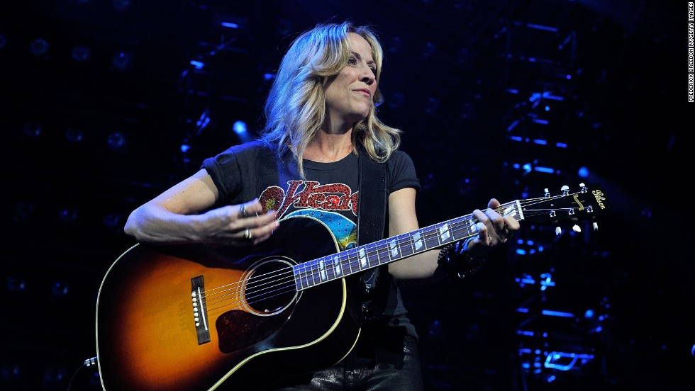 "In 2006, singer Sheryl Crow underwent minimally invasive surgery for breast cancer. In 2012, she <a href=""http://www.cnn.com/2012/06/05/showbiz/sheryl-crow-brain-tumor/index.html"" target=""_blank"">revealed she had a noncancerous brain tumor.</a>"