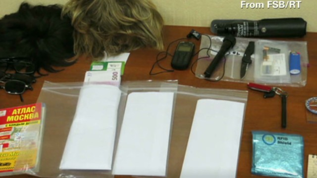 Russia: Diplomat a spy with wigs