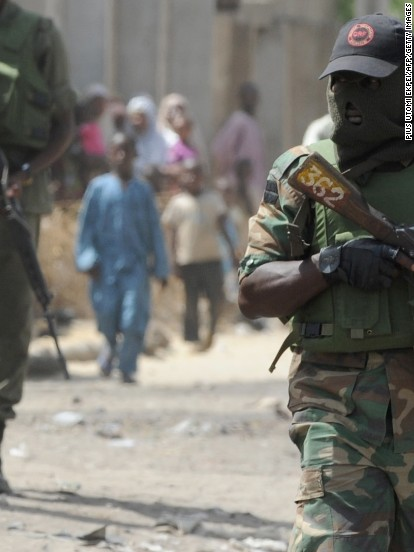 4 foreign nationals held at gunpoint in Nigeria