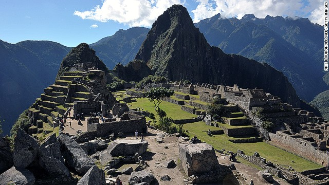 "A rash of ""naked tourism"" at Macchu Pichu, Peru's top tourist destination, has raised the ire of officials."