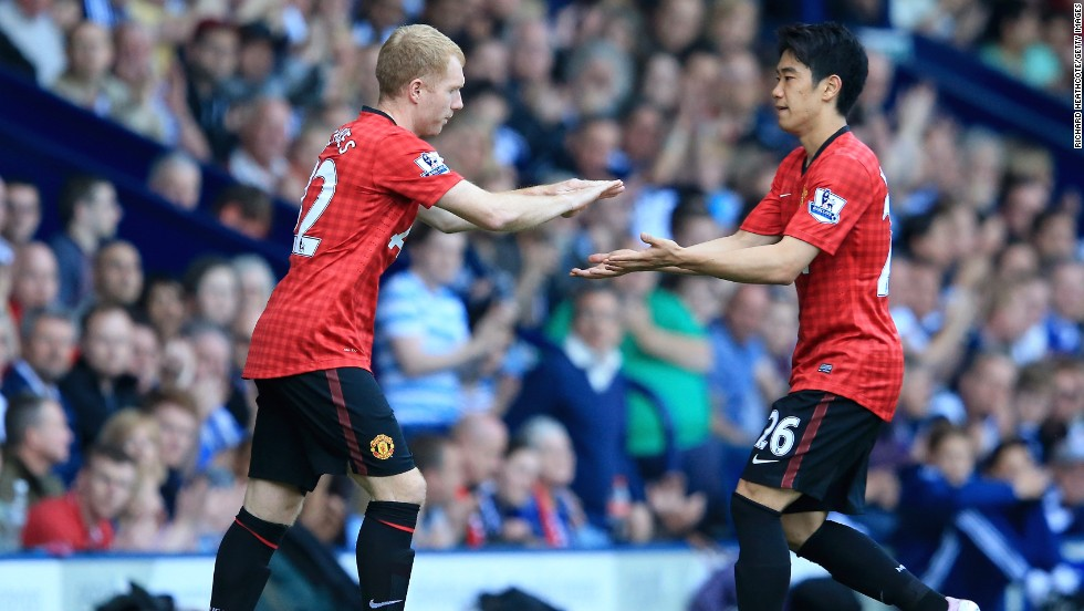 Paul Scholes enters the field for his 718th and final appearance for Manchester United in their 5-5 draw at WBA.