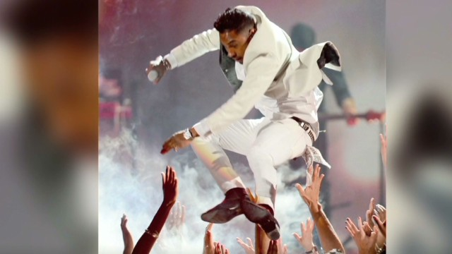 early Miguel leg drop_00011801.jpg