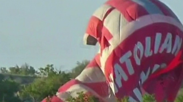 Hot air balloons collide in Turkey