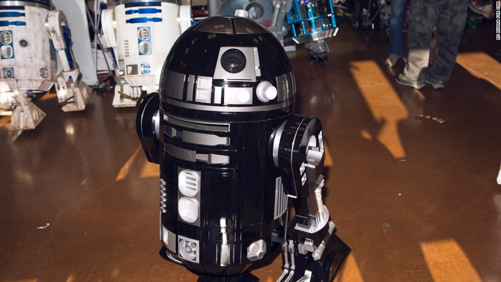 "The Bay Area <a href=""http://astromech.net/"" target=""_blank"">R2 Builders Club</a> shows off some of its best homemade versions of R2-D2, the robot from ""Star Wars."""