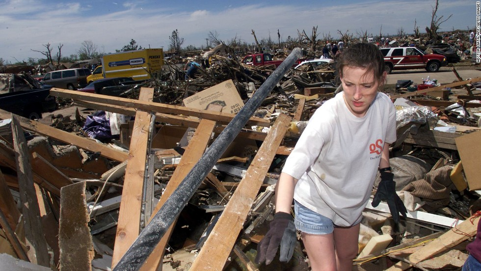 Oklahoma City Was Hammered By Ef5 Tornado In 1999