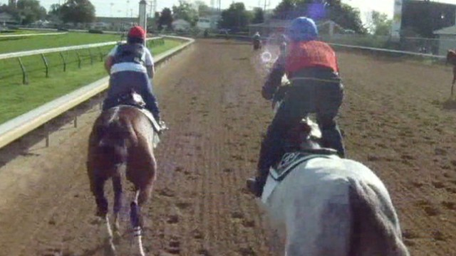 Jockey cam: Horse racing on dirt