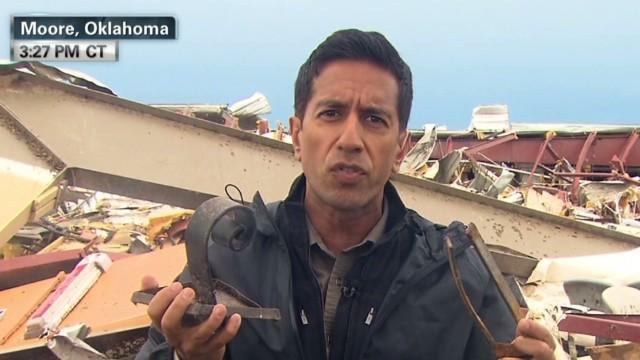 Lead Sanjay Gupta tornado injured_00020925.jpg