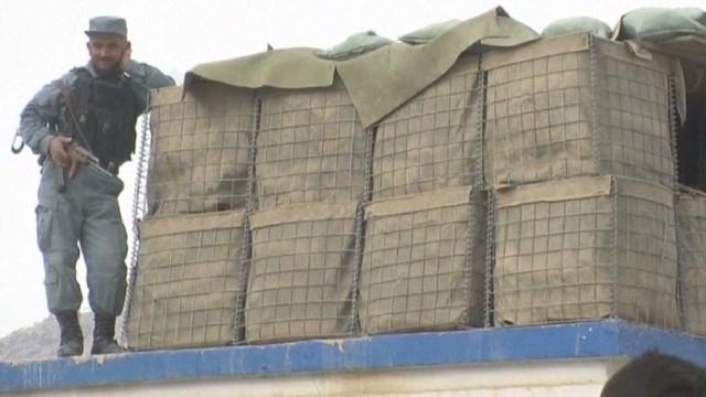 natpkg france afghan hostage_00014902.jpg