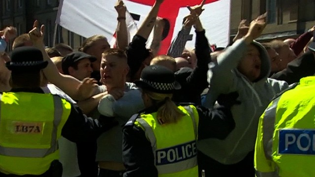 Police separate marchers in Newcastle