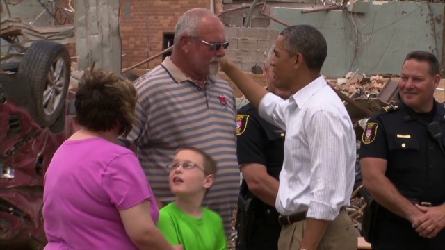 Obama tours tornado damage
