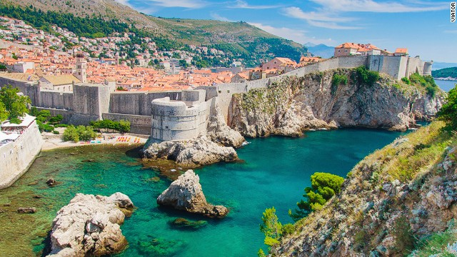 Dubrovnik or King's Landing? Real fans know the difference.