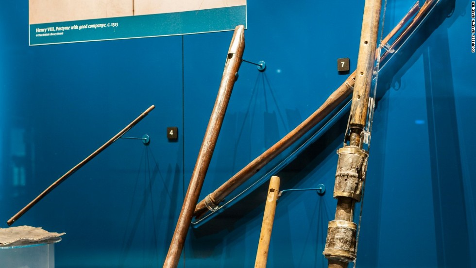 This shawm (an early form of oboe) is the only one of its kind in the world. Before this piece was discovered, the shawm was thought not to have been invented until 50 years after the Mary Rose sank. It would have been played by one of the ship's band, who regularly entertained the crew.