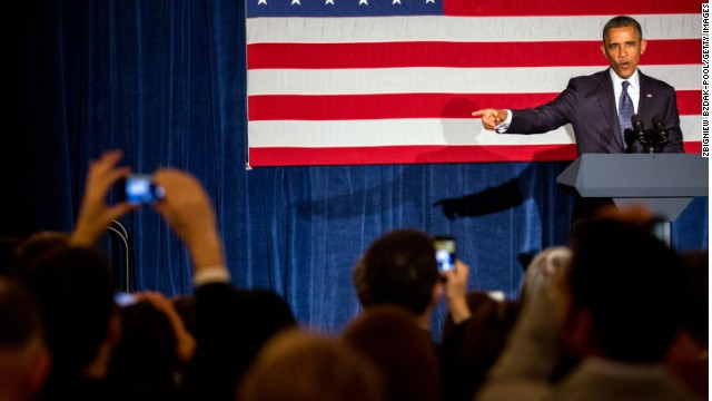 President Obama speaks at a Chicago event Wednesday to raise money for Democratic candidates in the midterms.