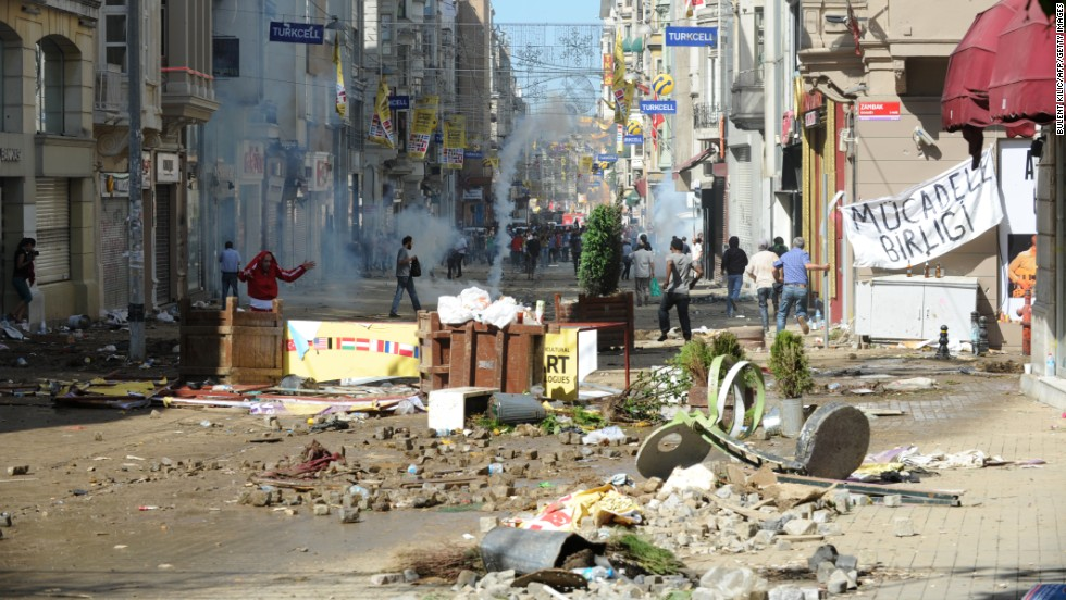 The clashes damaged surrounding businesses in Istanbul and forced them to close on June 1.