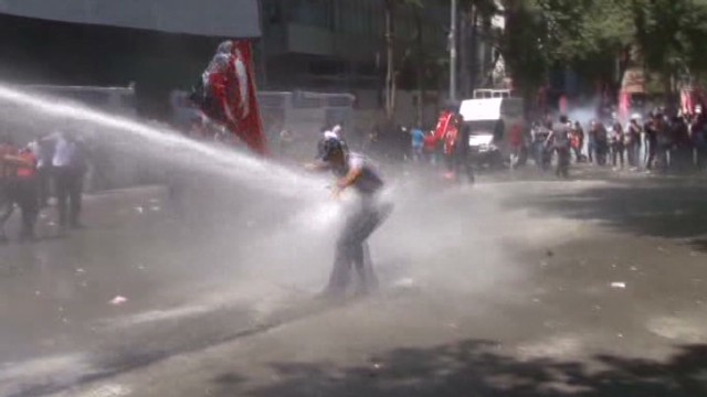 Protest in Turkey turns violent