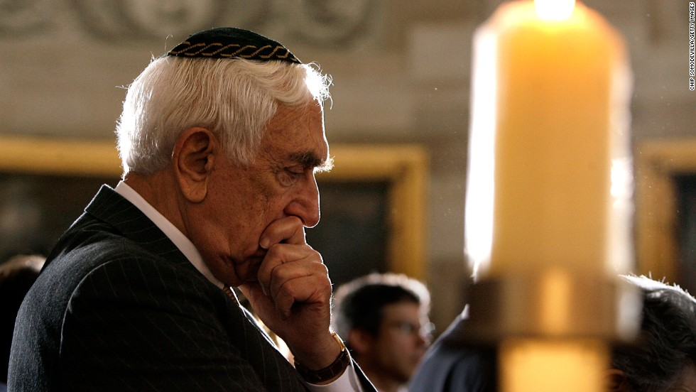 Lautenberg attends a ceremony in honor of victims of the holocaust in Washington on May 1, 2008.