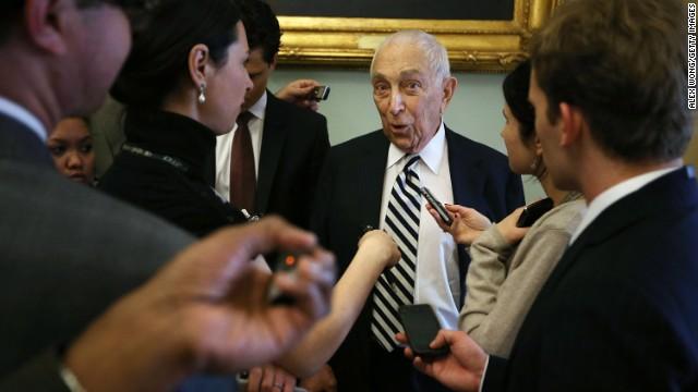 Sen. Frank Lautenberg dies