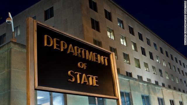 EE.UU. anuncia nuevas restricciones en visas para funcionarios venezolanos