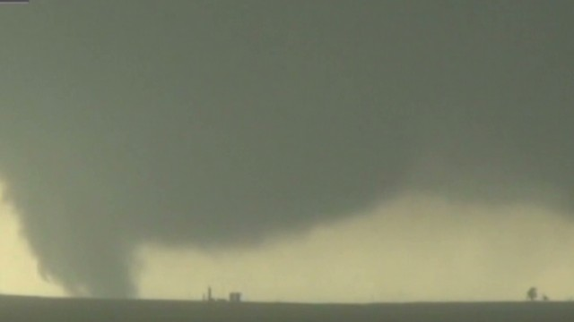 3 storm chasers killed in tornado