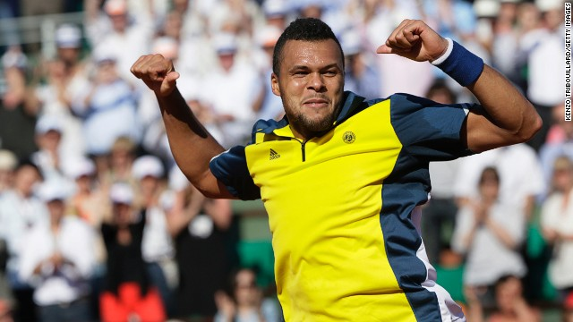Tsonga will play David Ferrer in the semifinals as he bids to end France's 30-year wait for a men's champion at Roland Garros