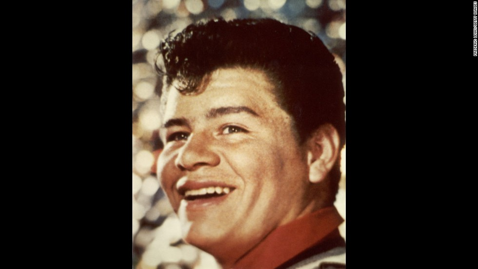 Upon getting a record deal Richie Valens was asked to change his name, then Ricardo Valenzuela, by his manager because of fear that mainstream America wouldn't be receptive to the Mexican-American rock star.