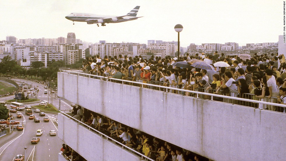 Kai Tak's observatory deck? Nope, it's the old airport's car park on the last day of operations in 1998.