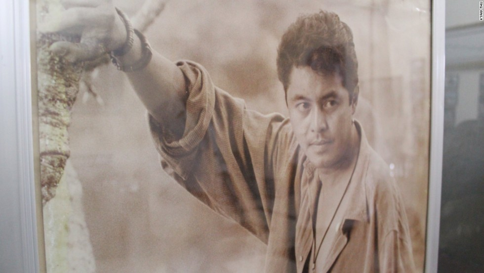 An image of Kyaw Thu when he was in demand as a leading man in Myanmar films. During his film career, he appeared in more than 200 films and won two Myanmar Academy Awards, for best actor (1994) and best director (2003)