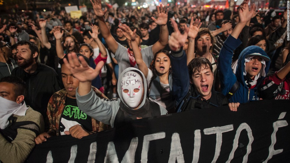 http://i2.cdn.turner.com/cnnnext/dam/assets/130612022213-brazil-student-protests-horizontal-large-gallery.jpg