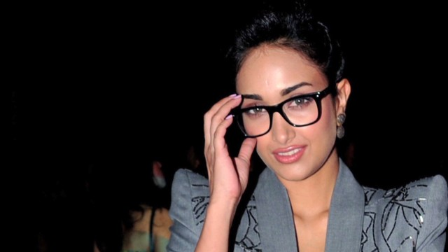 pkg udas india bollywood actress suicide_00000528.jpg